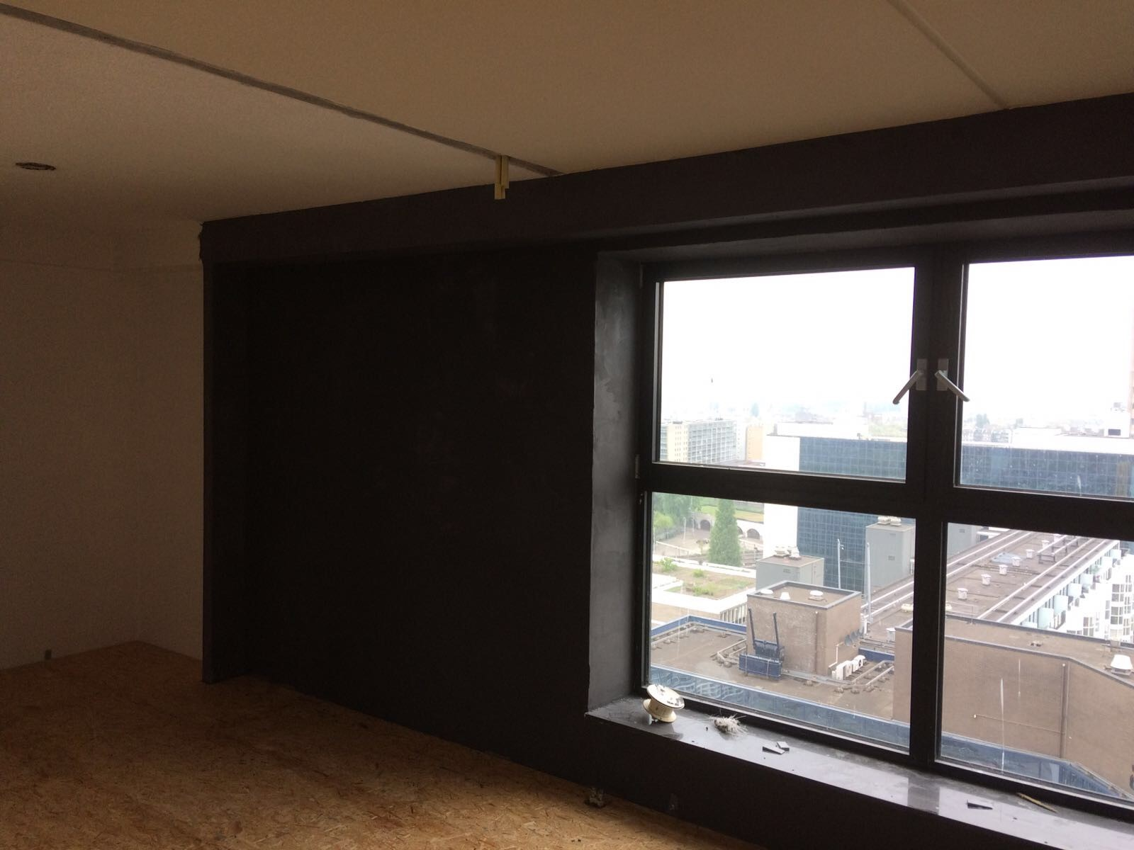 Leef beton rotterdam betonlook wanden en vloer in penthouse - Betonlook wand ...