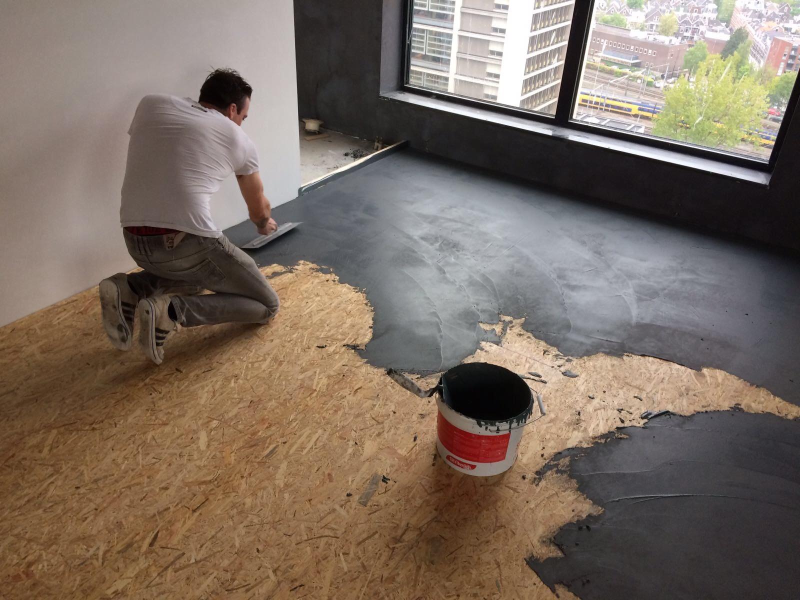 leef beton rotterdam betonlook wanden en vloer in penthouse. Black Bedroom Furniture Sets. Home Design Ideas