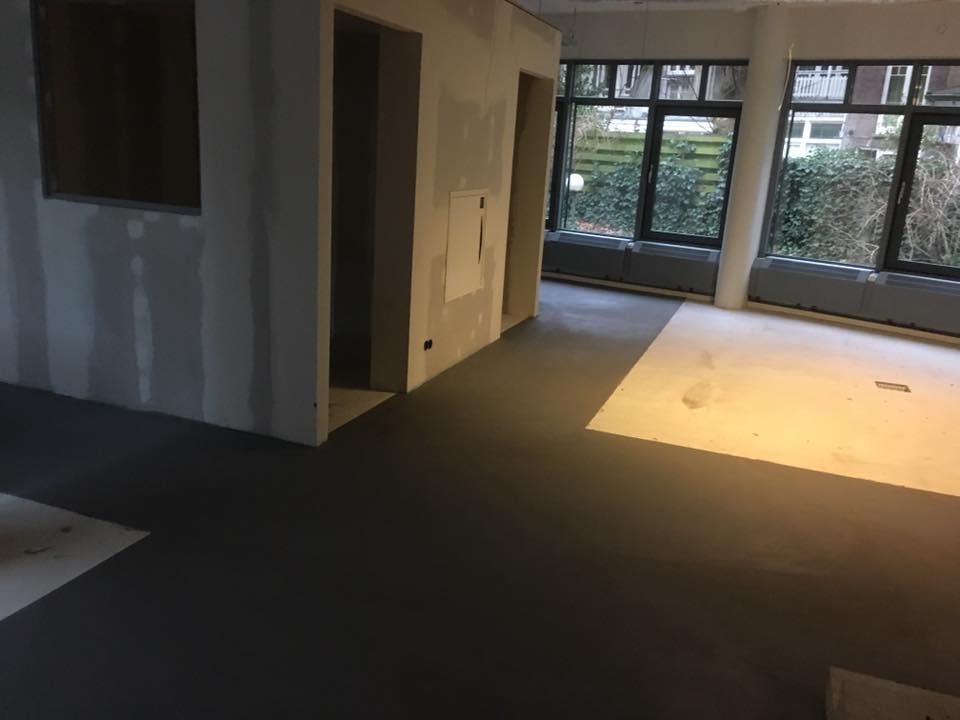 leef beton kantoorvloer amsterdam robuuste betonlook. Black Bedroom Furniture Sets. Home Design Ideas